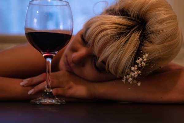 Alcohol to avoid for better sleep adn fight insomnia